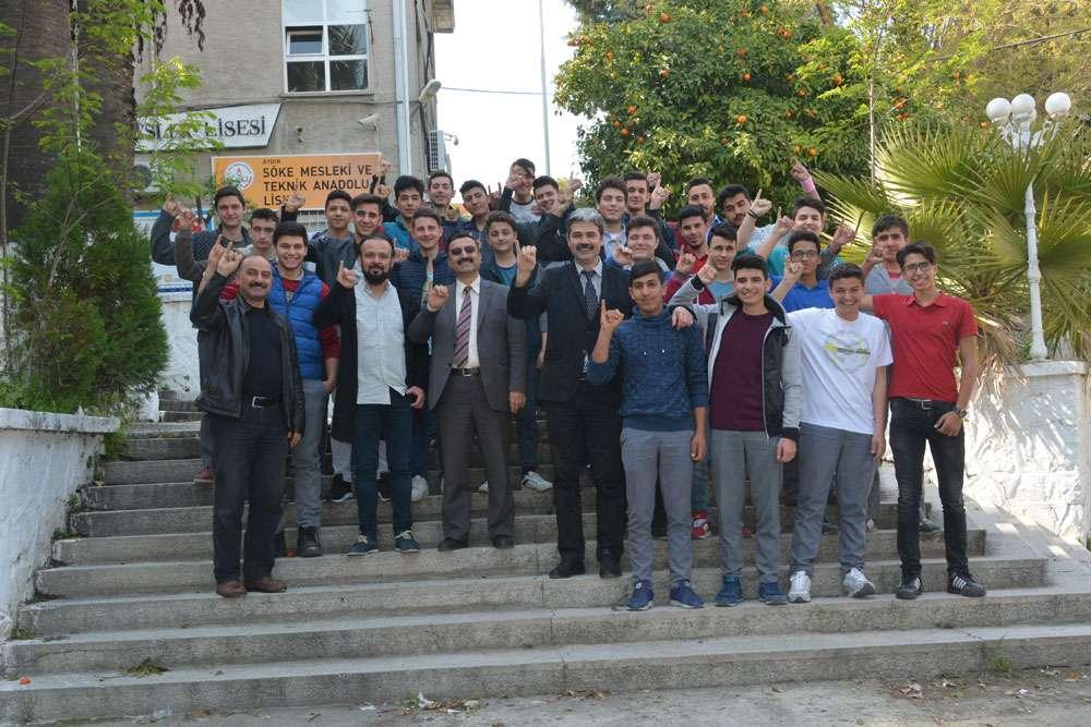 AKINSOFT Yönetim Kurulu Başkanı Dr Özgür AKIN Aydın Söke Endüstri Meslek Lisesinde - 1