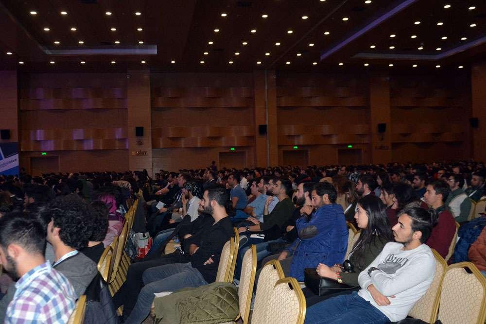 AKINSOFT Yönetim Kurulu Başkanı Dr Özgür AKIN  Antalyada Düzenlenen 3 Akdeniz Bilişim Zirvesinde - 9