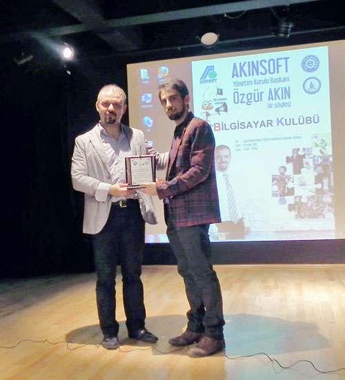 AKINSOFT Yönetim Kurulu Başkanı Bilgisayar Yüksek Mühendisi Özgür AKIN İzmir Ege Üniversitesi Gençleriyle Buluştu - 1