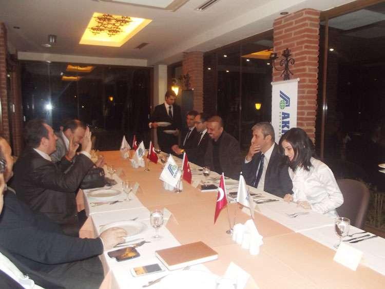 AKINSOFT Yönetim Kurulu Başkanı DrÖzgür AKIN AKINSOFT İstanbul Çözüm Ortakları Toplantısı nda - 1
