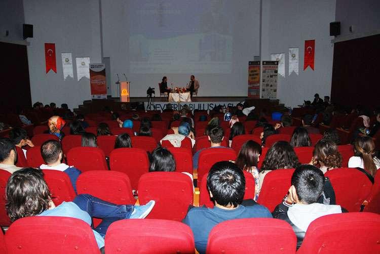 Dr Özgür AKIN Konya Selçuk Üniversitesi Öğrencileriyle Söyleşide Buluştu - 11