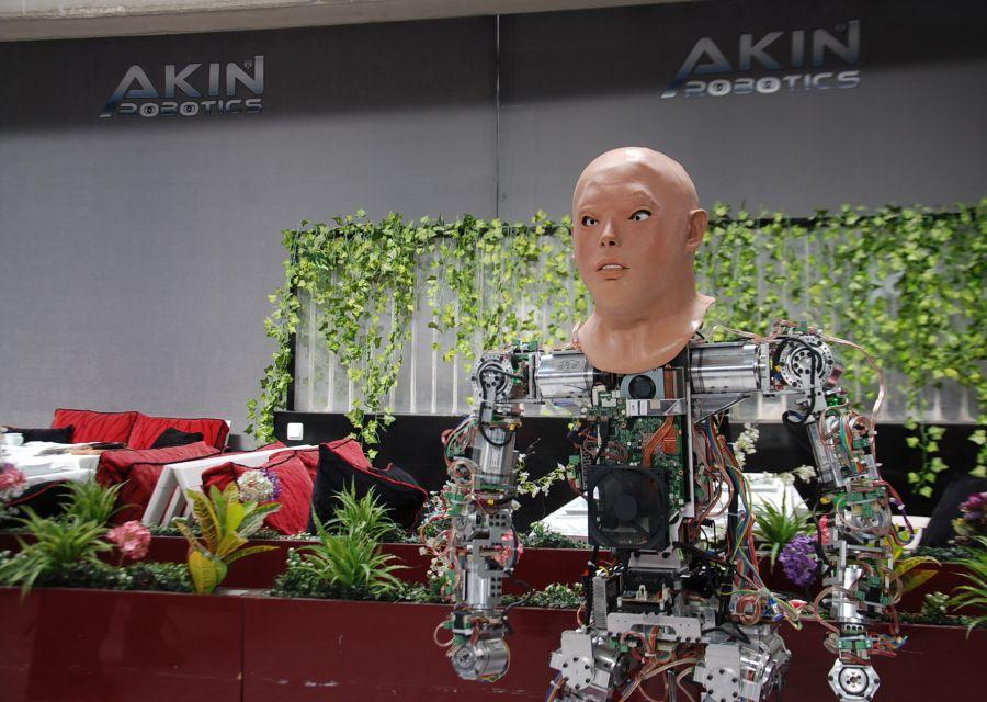 İnsansı Robotlar AKINCI4 ile Mini ADAnın Teknoloji Sohbeti - 7