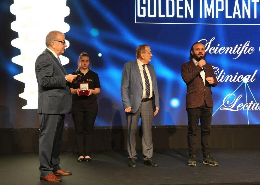 Altın Implant Ödülü Dr Özgür AKINın - 4
